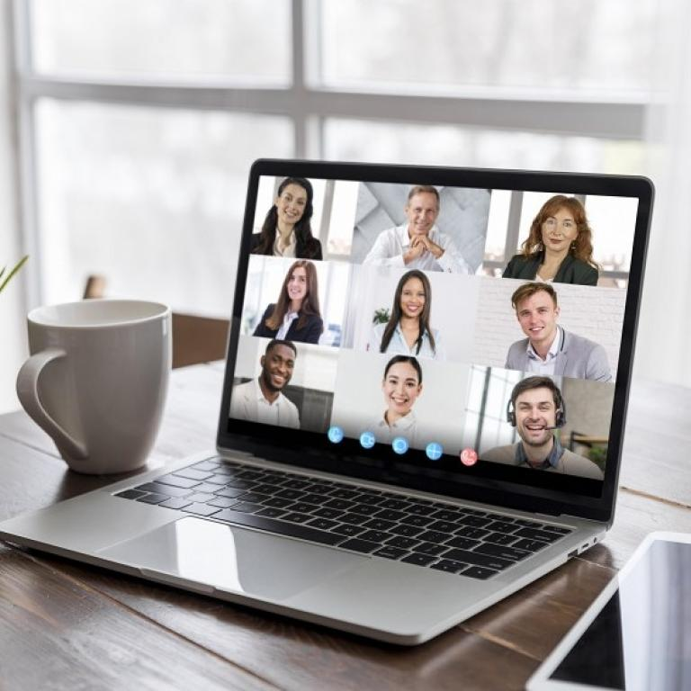 meeting via an unified communication tool